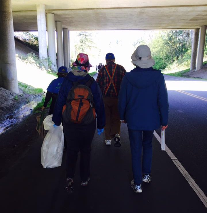 Crossing under Interstate 5